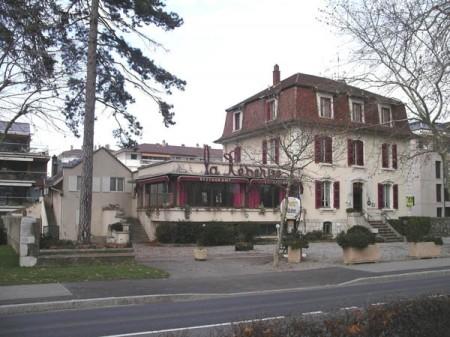 Avenue d'Albigny, la disparition des belles villas de caractère du front de lac